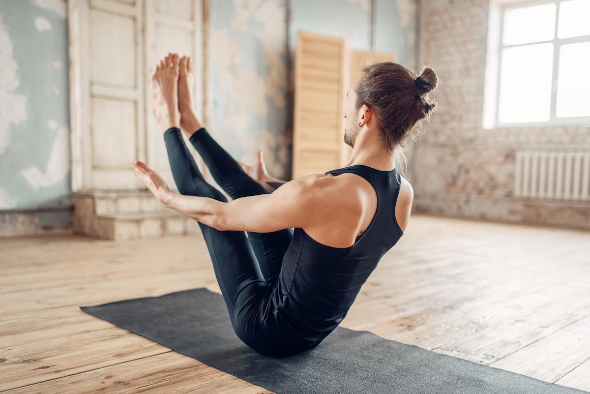 joga wzmacniająca navasana