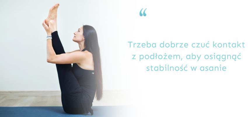 bezpieczna praktyka jogi wdomu